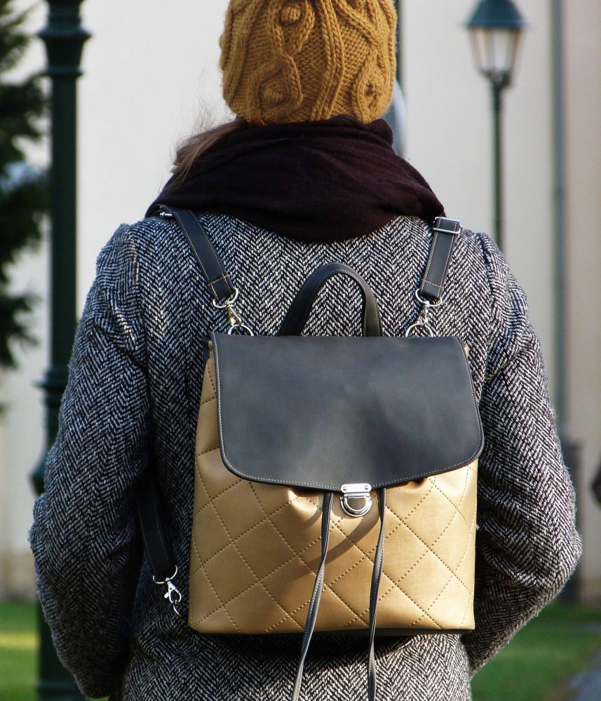 Vanessa backpack n.3
