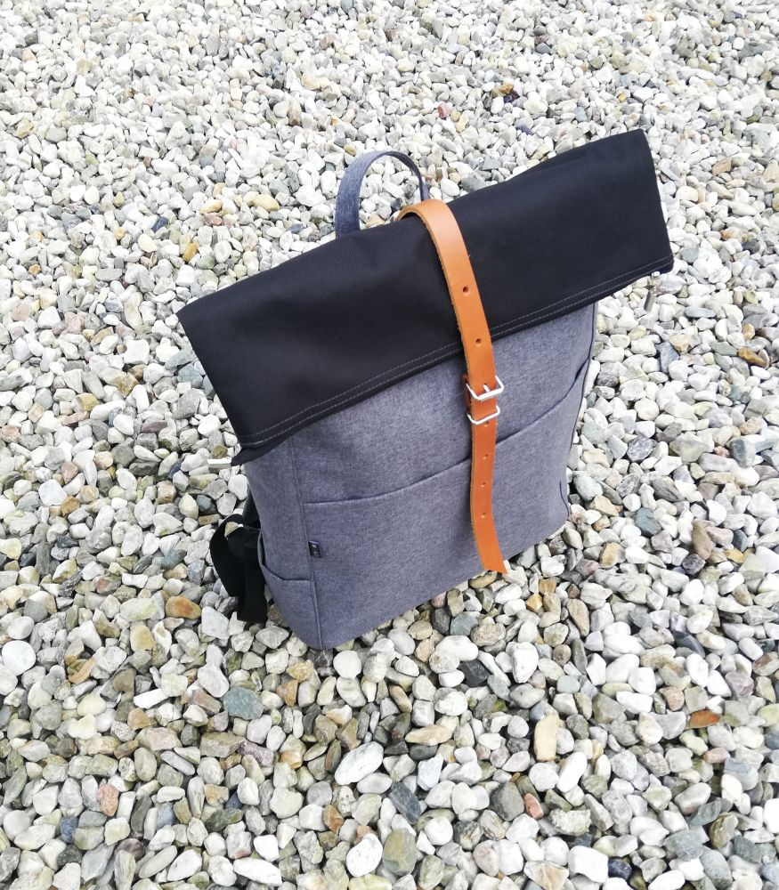 Zoe roll top backpack n.6