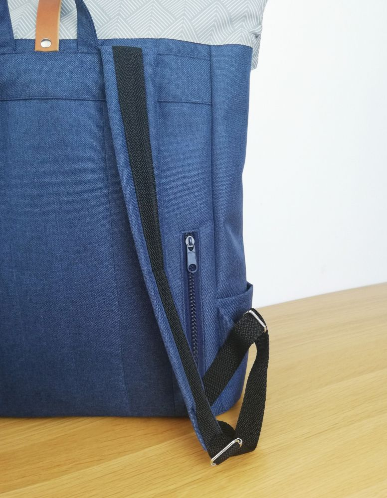 Zoe roll top backpack n.9