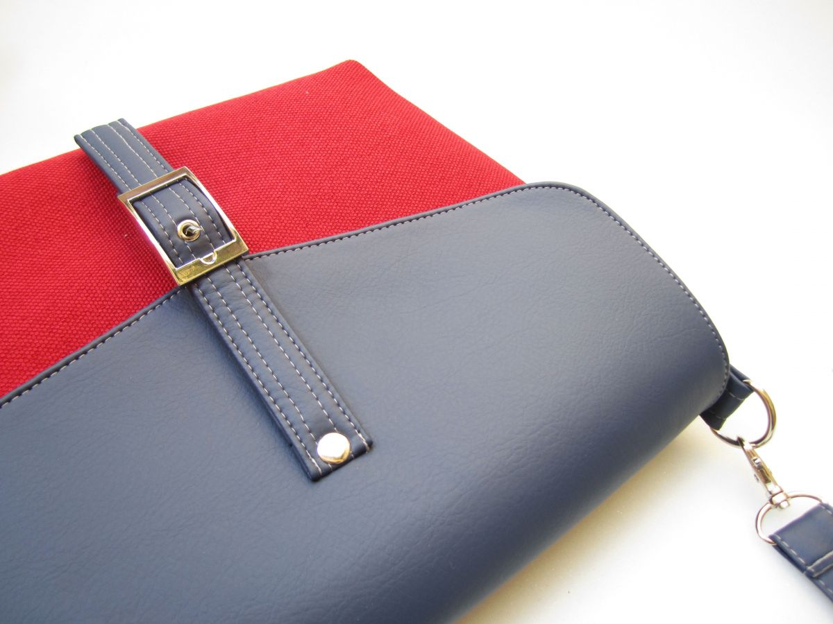 Cameron n.30 navy & red